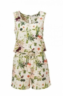 ROMANTISCHE OFF WHITE PLAYSUIT MET BLOEMENPRINT VAN ONLY, JUMPSUIT